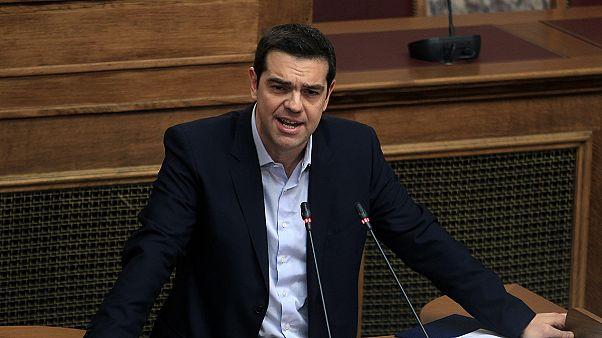 «Εξετάζει» υποβολή αιτήματος παράτασης της δανειακής σύμβασης η ελληνική κυβέρνηση
