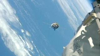 مركبة شحن فضائية روسية تلتحم بالمحطة الدولية