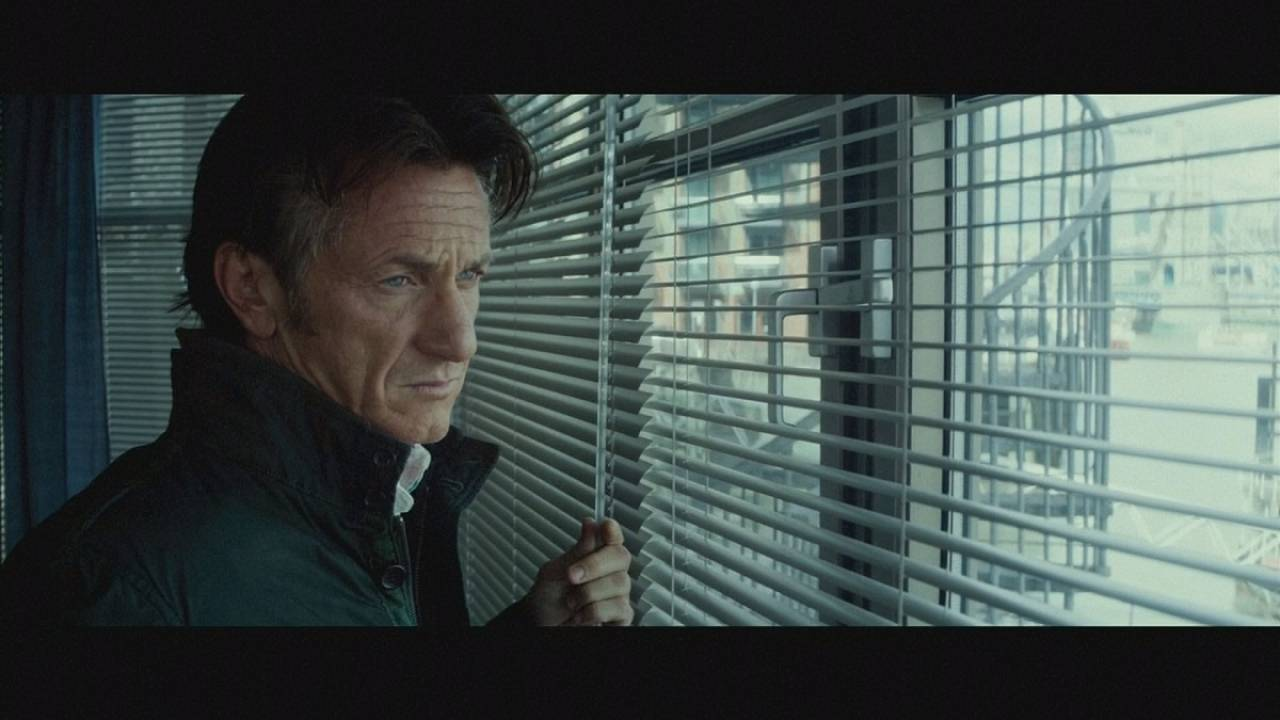 """The Gunman - O Atirador"": Na mira de Sean Penn"
