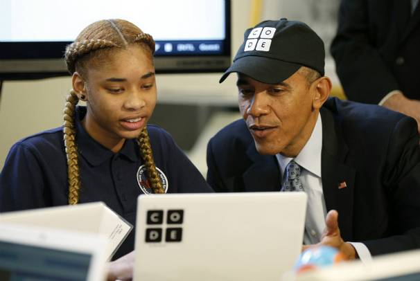 Barack Obama assiste à un atelier durant The Hour of Code