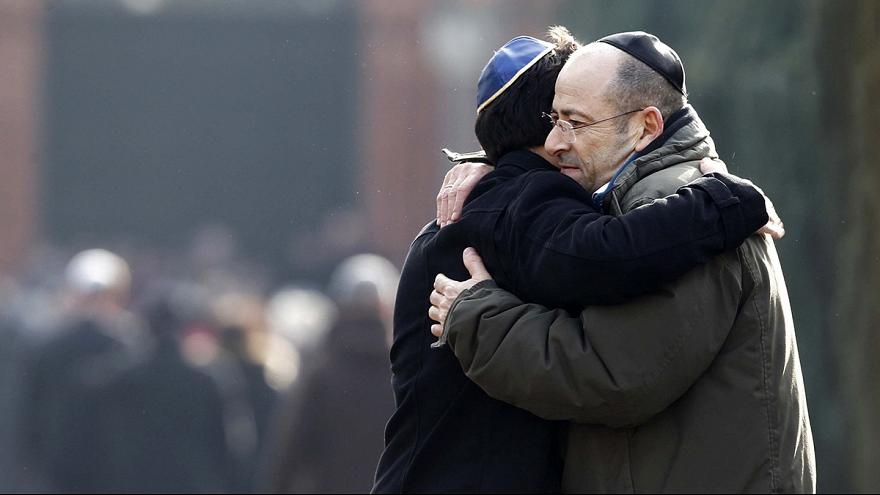 Hundreds mourn Jewish guard Dan Uzan at Copenhagen funeral