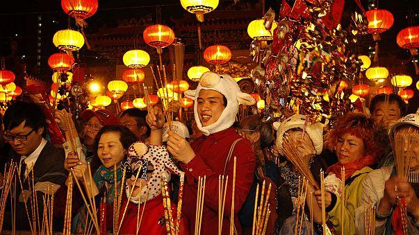 Das chinesische Jahr des Schafs beginnt