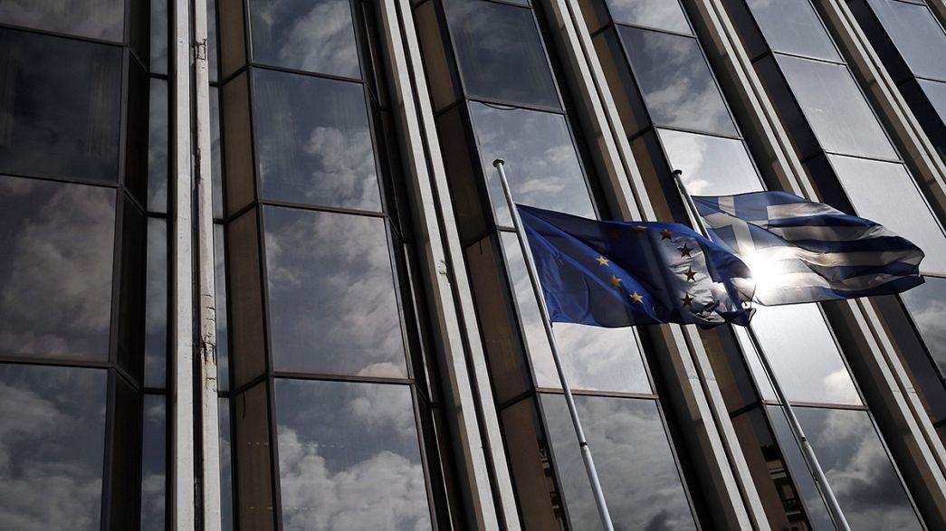 Grecia solicita de forma oficial al Eurogrupo la prórroga de la ayuda financiera