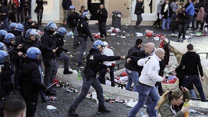 """Италия: фанаты """"Фейеноорд"""" устроили беспорядки в Риме"""
