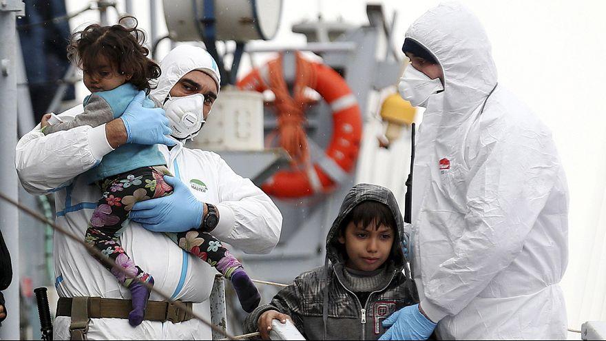 Bruxelas reforça ajuda a Itália para fazer frente a fluxo migratório no Mediterrâneo