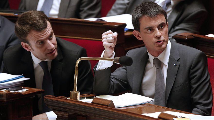 El Gobierno francés supera la moción de censura y queda adoptada la Ley Macron