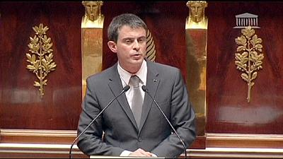 France PM Valls survives no-confidence vote, vows to pursue economic reforms