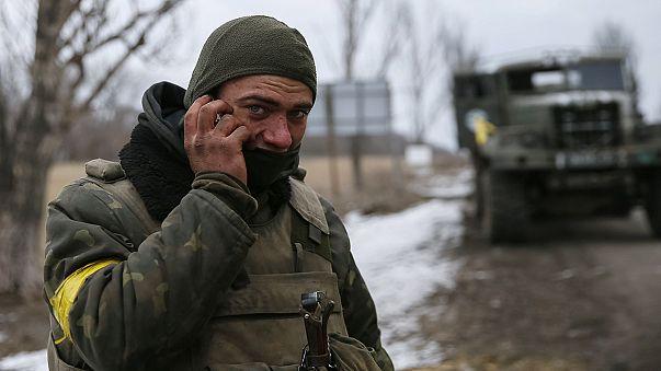 الرئيس الأوكراني يدعو إلى تعزيز قوات حفظ السلام بعد هزيمة ديبالتسيف