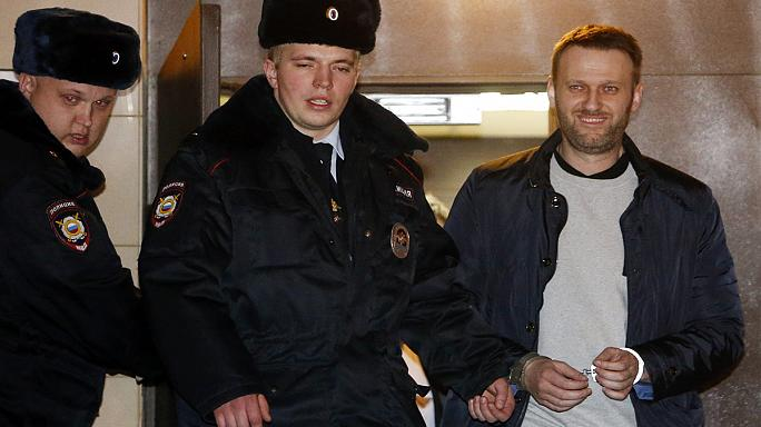 Rus muhalif lidere yine hapis cezası