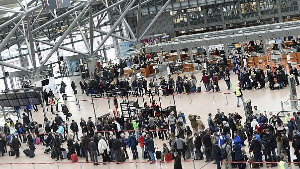 Шенгенскую систему бросают на борьбу с терроризмом