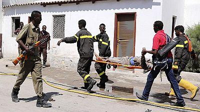 Somália: grupo islamita reivindica atentado contra responsáveis políticos