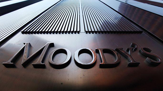 Moody's Rusya'nın notunu düşürdü