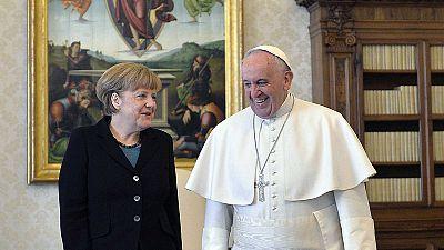 Deutsche Bundeskanzlerin Merkel bei Papst Franziskus im Vatikan