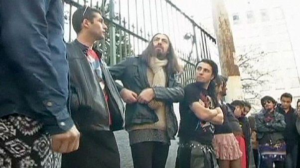 Men in 'miniskirt protest' against student death in Turkey