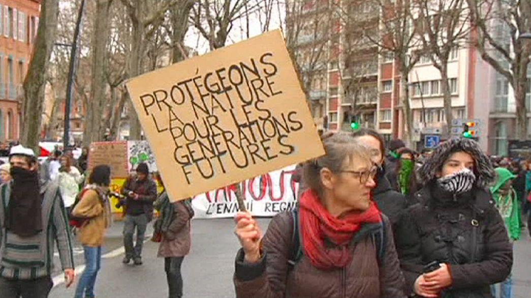 """احتجاجات ب""""نانت"""" و """"تولوز"""""""