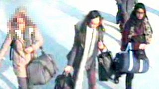 Musterschülerinnen auf dem Weg zum IS in Syrien