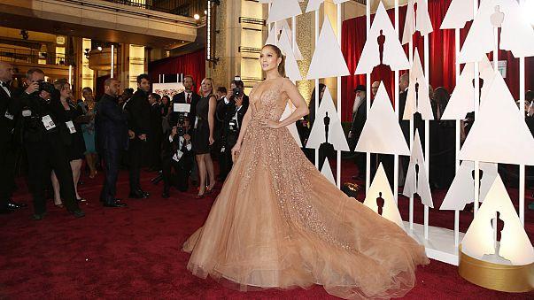 Elegancia y mal gusto en la alfombra roja de los Óscar