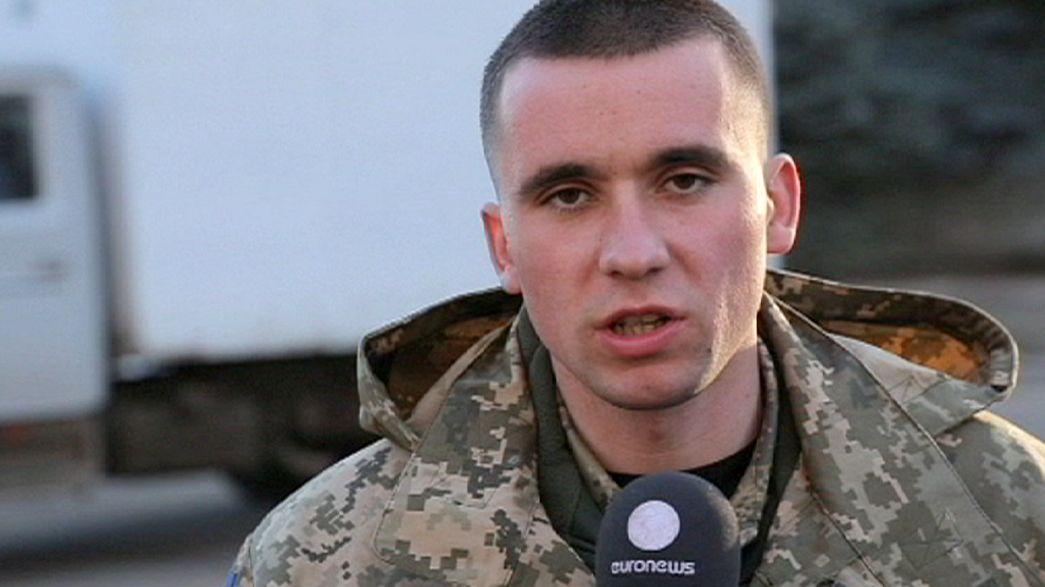 جنود اوكرانيون يرفضون سحب الاسلحة الثقيلة مع استمرار التوتر قرب ماريوبول