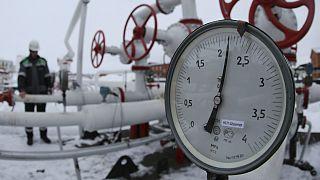 Rusia amenaza con dejar sin gas a Ucrania si no paga