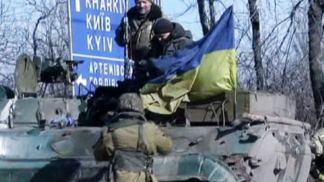 Ukrainian soldiers await orders near Artemvisk