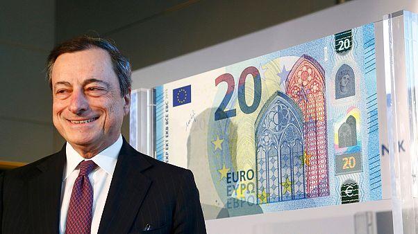 Φρανκφούρτη: Το νέο χαρτονόμισμα των 20 ευρώ παρουσίασε ο Μάριο Ντράγκι