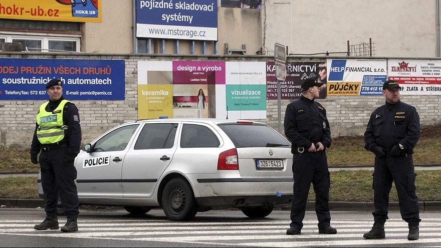 Rep. Ceca: strage in un ristorante, almeno 9 morti