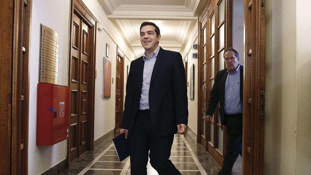 Brüksel Atina'nın reform planını kabul etti