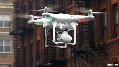 Parigi: nuovi droni, è allarme
