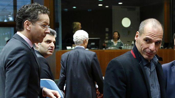Angela Merkel Yunanistan'ın reform paketini olumlu buldu