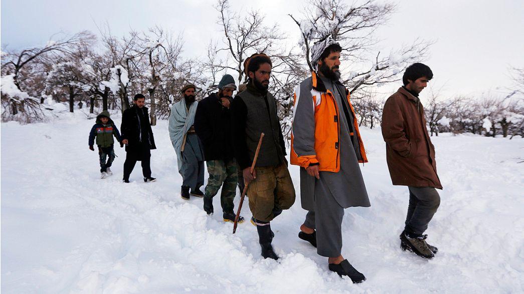 Afghanistan, valanghe uccidono più di 100 persone