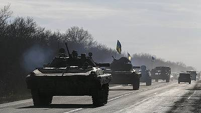 Feuerpause in Ostukraine weniger brüchig - Abzug schwerer Waffen in der Schwebe
