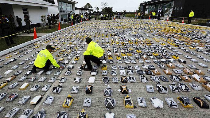 В Колумбии перехватили 3 тонны кокаина для Мексики