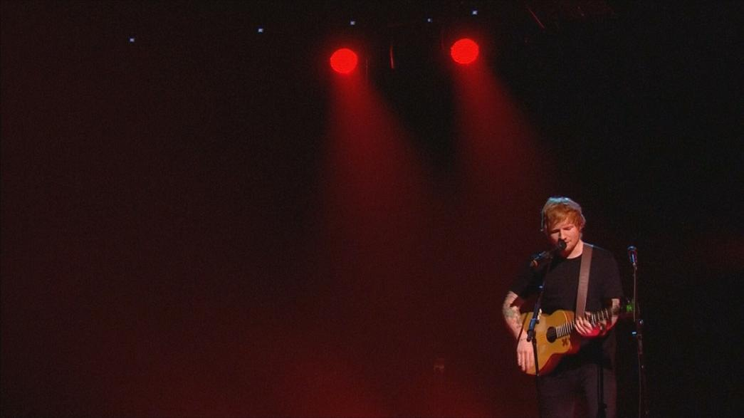 Brit Awards premeiam Ed Sheeran