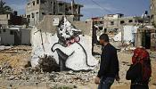 Banksy à Gaza: bombes de peinture sur ville bombardée