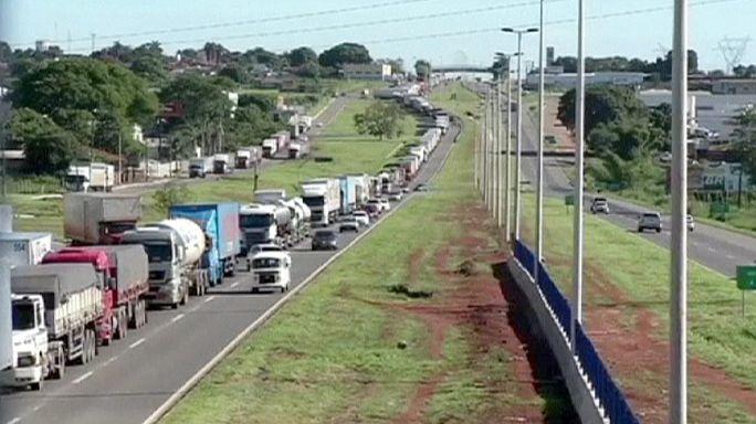 اضراب سائقي شاحنات النقل في البرازيل