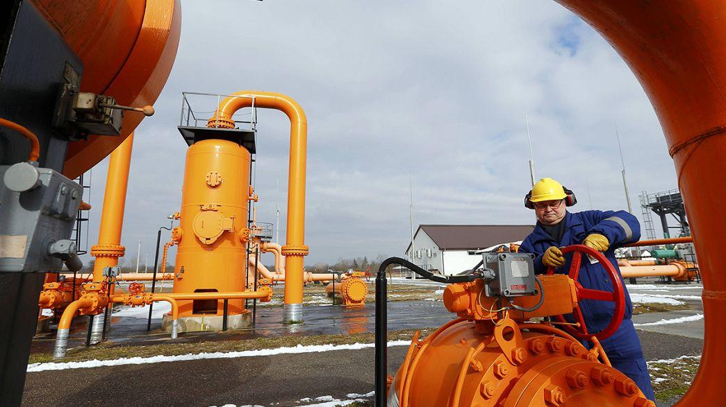 Ucrania realiza un primer pago para comprar gas ruso