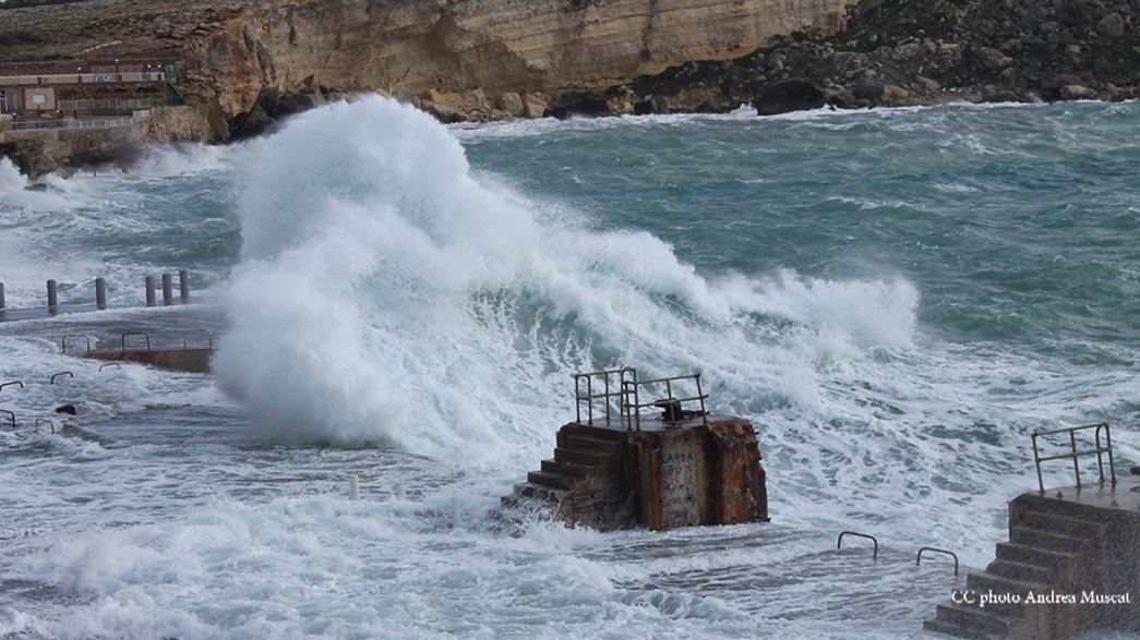 Woman missing at sea after freak waves at Game of Thrones set location