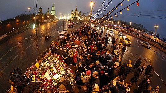 """Russia: l'inchiesta sull'uccisione di Nemtsov orientata verso la """"provocazione"""""""