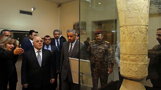 Bagdad rouvre son musée national en réaction au saccage du musée de Mossoul