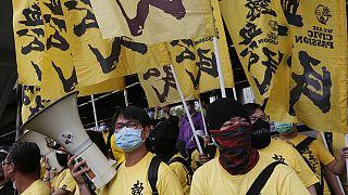 Újabb tüntetés és letartóztatások Hongkongban