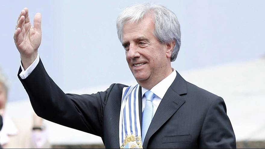 Uruguay: Leftist Vazquez is sworn in as president