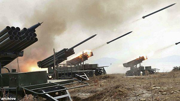 پرتاب موشک از سوی پیونگ یانگ پیش از مانور مشترک آمریکا و کره جنوبی