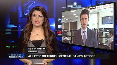 Tormenta política en Turquía al bajar los tipos de interés