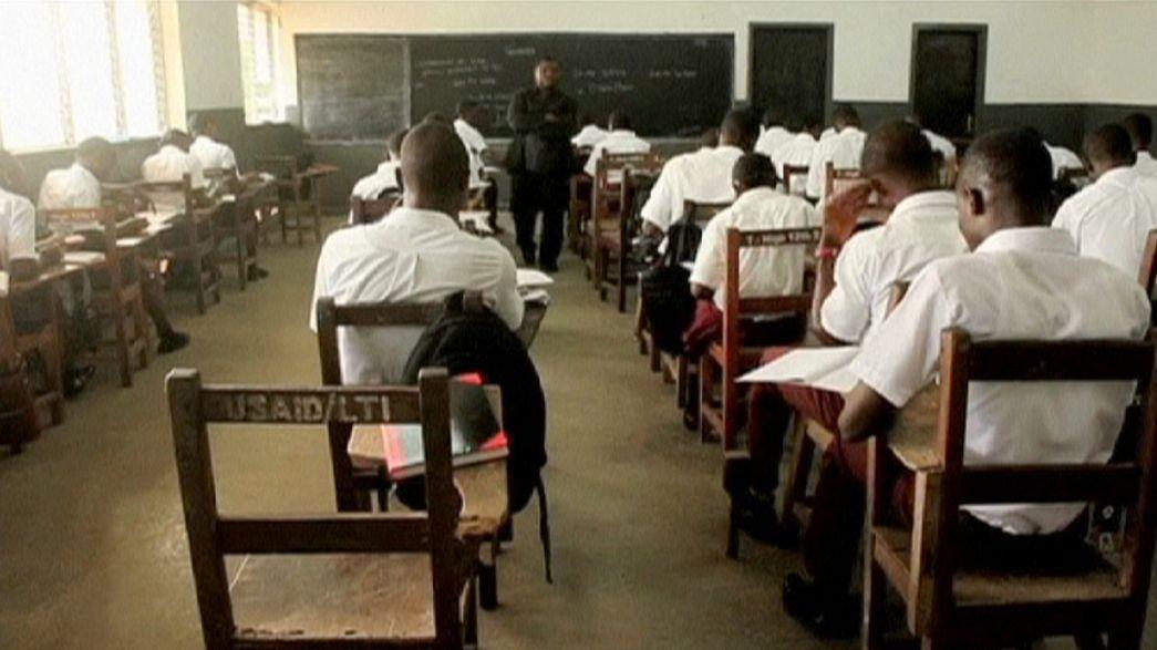 Liberya'da Ebola salgınından dolayı kapatılan okullar yeniden açıldı