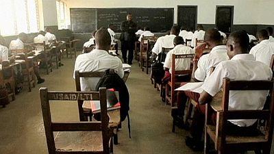 Ebola: completa riapertura delle scuole in Liberia, dopo sette mesi