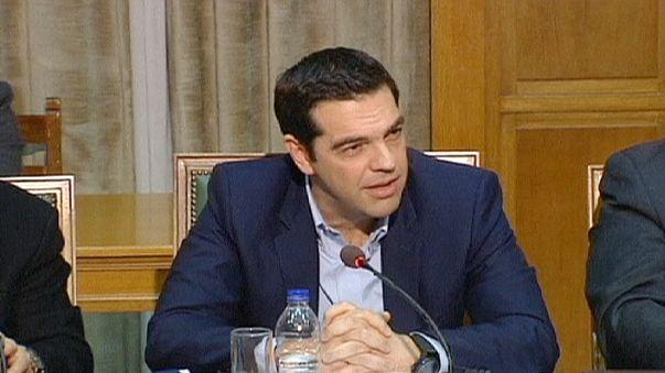 Tsipras presenta hoy medidas anticrisis con luz gratis y bonos de comida para los más necesitados