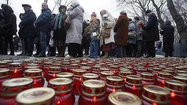 Boris Nemtsov toprağa veriliyor