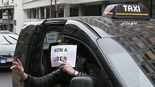 Protesta dei taxi contro Uber a Bruxelles