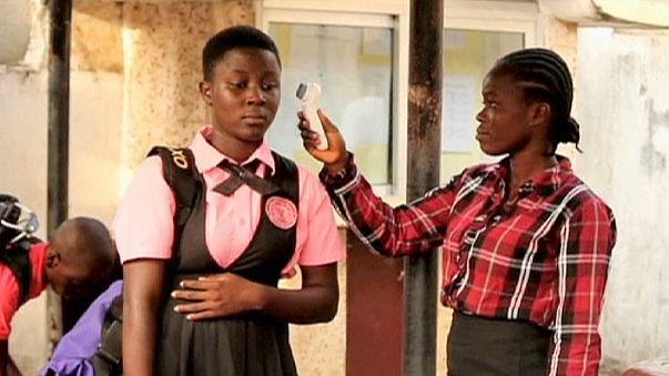 """Ebola: in Liberia si torna a scuola, Sirleaf """"Piano Marshall per Paesi colpiti"""""""