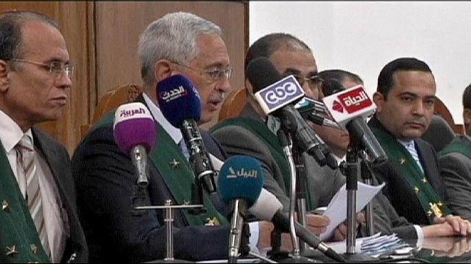 Egyiptom: a bíróság elhalasztotta a választásokat